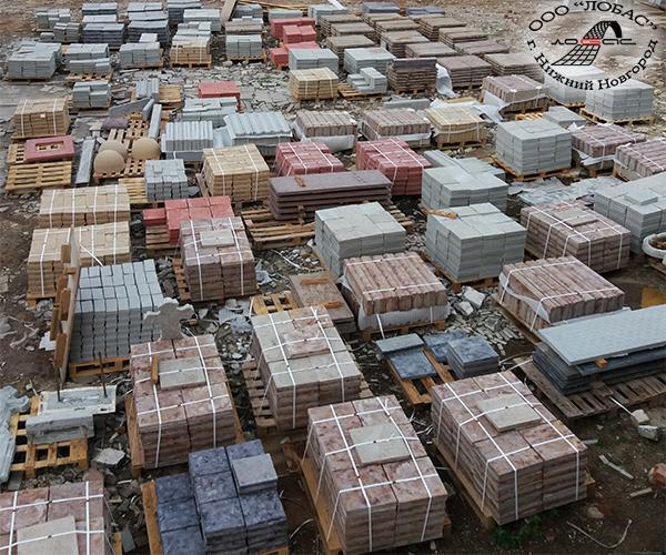 Склад временного хранения бетонной продукции производственной компании ЛОБАС